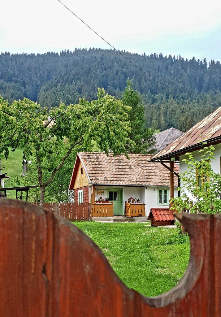 Casă, Câmpulung Moldovenesc © foto Peter Sragher